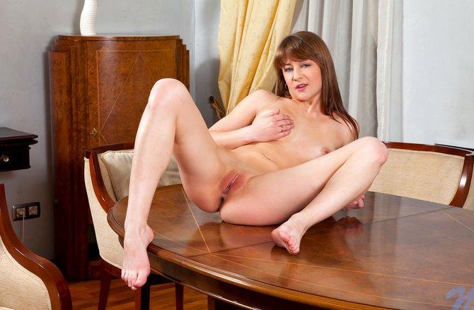 Порно фото вероника ева