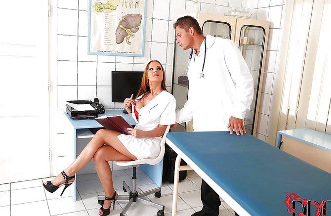 Пациент выебал доктора, красотка попала в сексуальное рабство