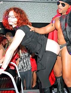 Обалденный секс на вечеринке нравится всем развратникам