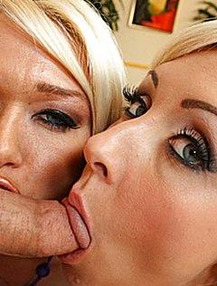 У двух шалав много спермы на лице во время ебли