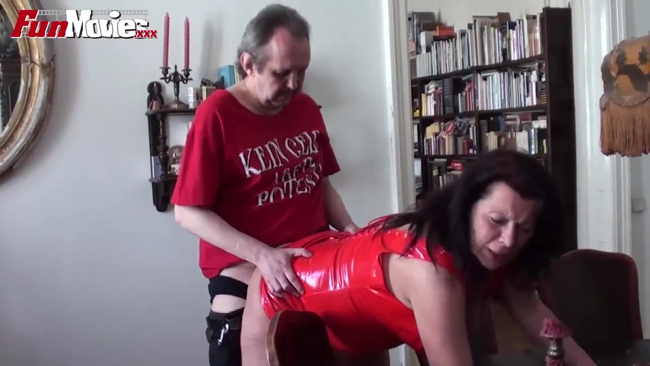 Видео Порно Брюнетки Большая Грудь