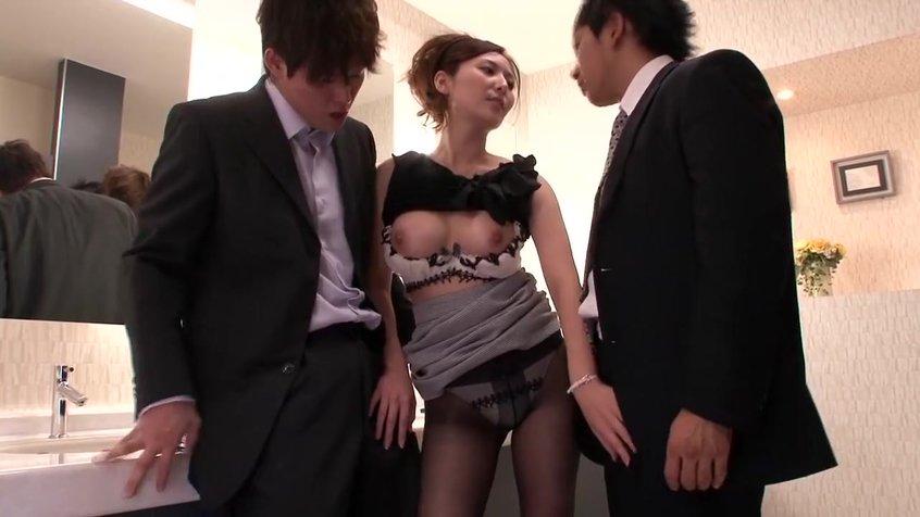 Похотливые телки и мужики, порно видео нарезка жена сосет