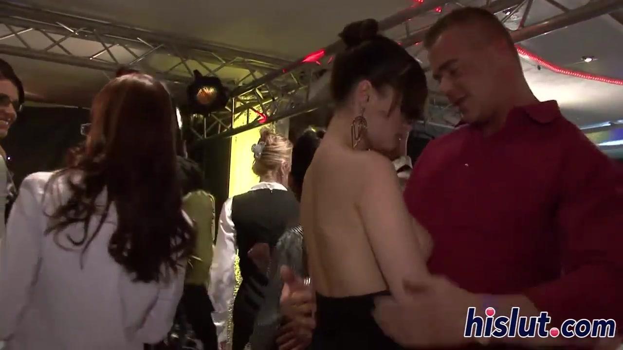 Ишк узбек порно ролики попили и решили жену друга отодрать на двоих лесбиянки